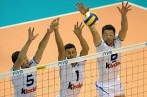Volleyball Positions - Middle Blocker