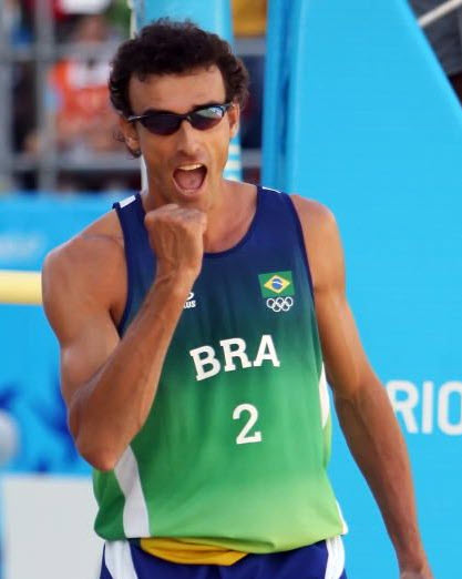 beach volleyball players 5