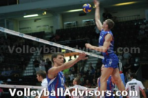 rules for playing volleyball hitting 3