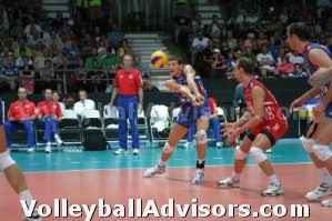 volleyball practice drills - passing when serving the ball to the seam