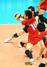 Volleyball libero can not serve the ball in international volleyball